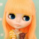 Blythe Simply Mango para Adoção