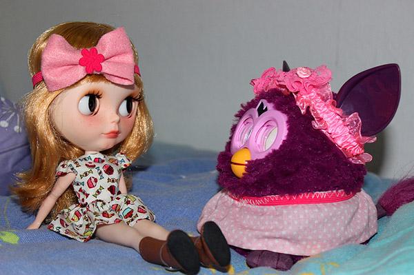 Emma em Maceió (AL) com a Maíra